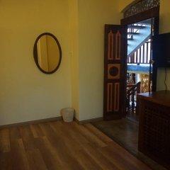 Отель Thaproban Beach House 3* Стандартный номер с различными типами кроватей фото 4
