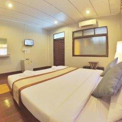 Отель Marina Hut Guest House - Klong Nin Beach 2* Стандартный номер с различными типами кроватей фото 9