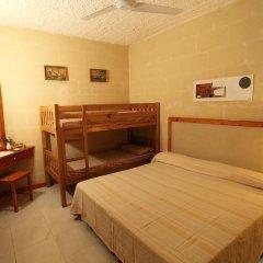 Отель Derek's Marsalforn Home комната для гостей фото 5