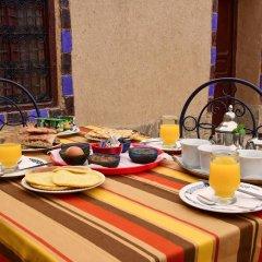 Отель Casa Hassan Марокко, Мерзуга - отзывы, цены и фото номеров - забронировать отель Casa Hassan онлайн питание