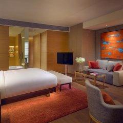 Отель Park Hyatt Guangzhou 5* Стандартный номер с различными типами кроватей фото 3