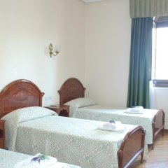 Отель Hostal Galaico комната для гостей