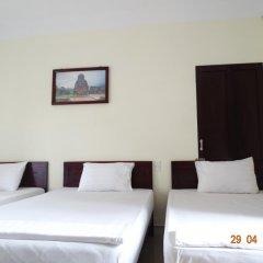 Отель Yellow House Homestay 2* Кровать в общем номере с двухъярусной кроватью