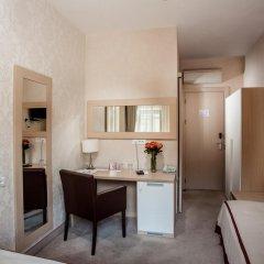 Гостиница Palais Royal Odessa Стандартный номер с 2 отдельными кроватями фото 2