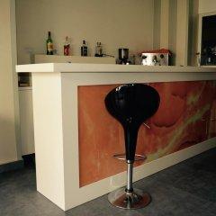 Отель Gjilani Албания, Тирана - отзывы, цены и фото номеров - забронировать отель Gjilani онлайн гостиничный бар