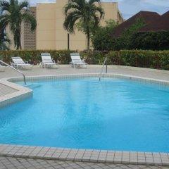 Отель Tumon Bay Capital Hotel США, Тамунинг - 8 отзывов об отеле, цены и фото номеров - забронировать отель Tumon Bay Capital Hotel онлайн бассейн фото 2