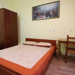 Cossacks Hostel Стандартный номер с двуспальной кроватью (общая ванная комната) фото 3