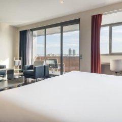 Отель ILUNION Barcelona 4* Улучшенный номер с различными типами кроватей фото 2