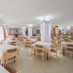 Отель Brisa Испания, Сан-Антони-де-Портмань - отзывы, цены и фото номеров - забронировать отель Brisa онлайн питание