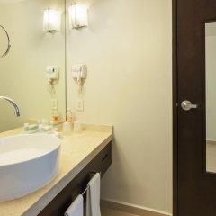 Отель Holiday Inn Express Guadalajara Iteso 2* Стандартный номер с различными типами кроватей фото 2