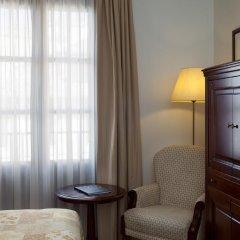 Hesperia Granada Hotel 4* Стандартный номер с двуспальной кроватью фото 3