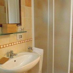 Отель Al Casale Di Morro Морровалле ванная фото 2