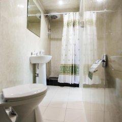 Мери Голд Отель 2* Стандартный номер с двуспальной кроватью фото 13