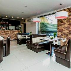 Отель Twins Польша, Варшава - отзывы, цены и фото номеров - забронировать отель Twins онлайн гостиничный бар