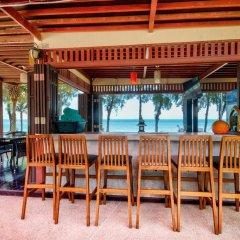 Отель Palm Beach Resort бассейн фото 3