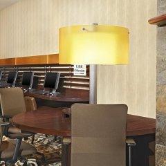Отель Sheraton Cavalier Calgary Hotel Канада, Калгари - отзывы, цены и фото номеров - забронировать отель Sheraton Cavalier Calgary Hotel онлайн интерьер отеля фото 2
