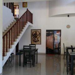 Отель RajDanist Guest House питание фото 2