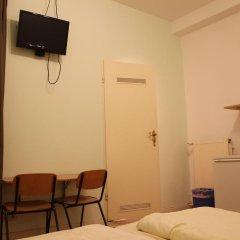 Buch-Ein-Bett Hostel Номер категории Эконом с различными типами кроватей фото 2