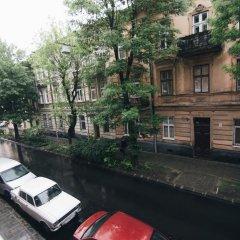 Гостиница on Bernarda Meretyna Украина, Львов - отзывы, цены и фото номеров - забронировать гостиницу on Bernarda Meretyna онлайн балкон
