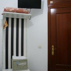 Отель JQC Rooms 2* Стандартный номер с различными типами кроватей (общая ванная комната)