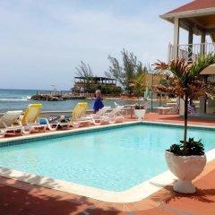 Отель Pipers Cove Resort Ямайка, Ранавей-Бей - отзывы, цены и фото номеров - забронировать отель Pipers Cove Resort онлайн бассейн фото 2