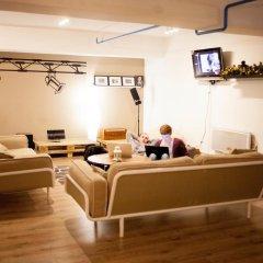Garage Hostel Номер с общей ванной комнатой с различными типами кроватей (общая ванная комната) фото 5