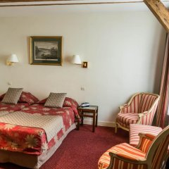 Отель Hôtel Exelmans 2* Улучшенный номер с двуспальной кроватью фото 7