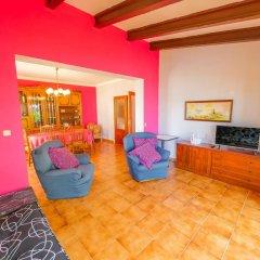 Отель Agi La Pinta Испания, Курорт Росес - отзывы, цены и фото номеров - забронировать отель Agi La Pinta онлайн комната для гостей фото 3