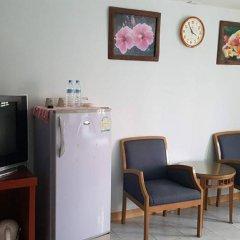 Отель Pinthong house 2* Стандартный номер с двуспальной кроватью фото 6