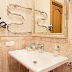 Гостиница Усадьба 4* Классический семейный номер с различными типами кроватей фото 7