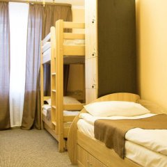 Гостиница Skarbek's Кровать в общем номере фото 2