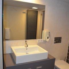 Отель Rembrandtplein Apartment Нидерланды, Амстердам - отзывы, цены и фото номеров - забронировать отель Rembrandtplein Apartment онлайн ванная фото 2