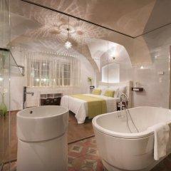 Отель Design Neruda 4* Номер Делюкс с различными типами кроватей фото 9