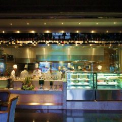 Отель Zhongshan Jinsha Business Hotel Китай, Чжуншань - отзывы, цены и фото номеров - забронировать отель Zhongshan Jinsha Business Hotel онлайн питание фото 3