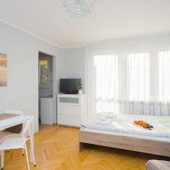 Апартаменты Bonifraterska Studio for 4 (A9) Студия с различными типами кроватей фото 3