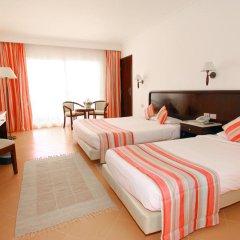 Отель LABRANDA Royal Makadi 3* Стандартный семейный номер с различными типами кроватей фото 2