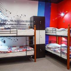 Hostel Racing Paradise Кровать в общем номере с двухъярусной кроватью фото 36