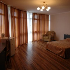 Гостиница Континент комната для гостей фото 15