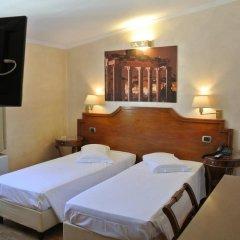 Отель Kent Италия, Рим - 2 отзыва об отеле, цены и фото номеров - забронировать отель Kent онлайн комната для гостей фото 3