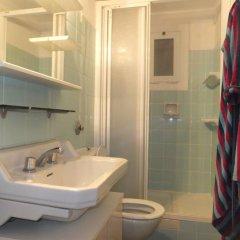 Отель J&v Sol I Mar 17 Курорт Росес ванная