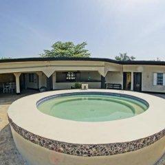 Отель Bourbon Beach Jamaica бассейн