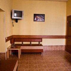 Гостиница Клуб Отель Фора в Кургане отзывы, цены и фото номеров - забронировать гостиницу Клуб Отель Фора онлайн Курган интерьер отеля фото 2