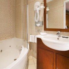 Отель Kleber Champs-Élysées Tour-Eiffel Paris 3* Стандартный номер с разными типами кроватей фото 12