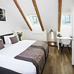 Отель Golden Crown 4* Улучшенный номер с двуспальной кроватью фото 21