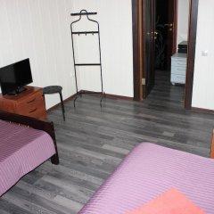 Клуб отель Времена Года 3* Номер категории Эконом с 2 отдельными кроватями фото 6