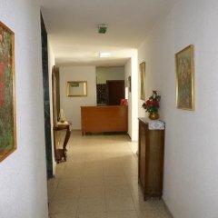 Отель Hostal Americano интерьер отеля