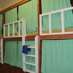 Хостел Fight night (закрыт) Кровать в женском общем номере с двухъярусными кроватями фото 7