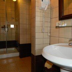 Отель MANGALEMI Берат ванная
