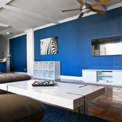 Отель Amazing 2bed 2 bath near the Grove США, Лос-Анджелес - отзывы, цены и фото номеров - забронировать отель Amazing 2bed 2 bath near the Grove онлайн интерьер отеля