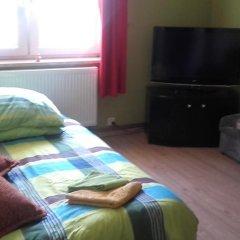 Hostel Lotniskowy Стандартный номер с двуспальной кроватью фото 8